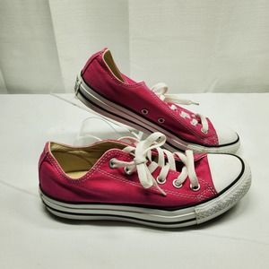 Converse Pink Low-top Woman's Size 7